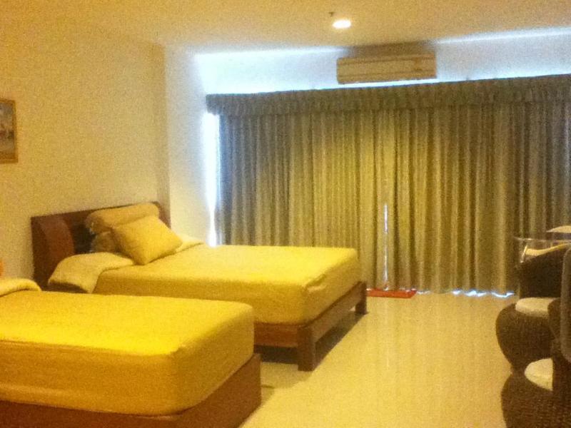 1 queen bed, 1 single bed - VIEW TALAY PATTAYA BEACH CONDO 6 - short term rental is negotiable (Pattaya Beach Road Soi 9, Nongprue - Sao Hai - rentals