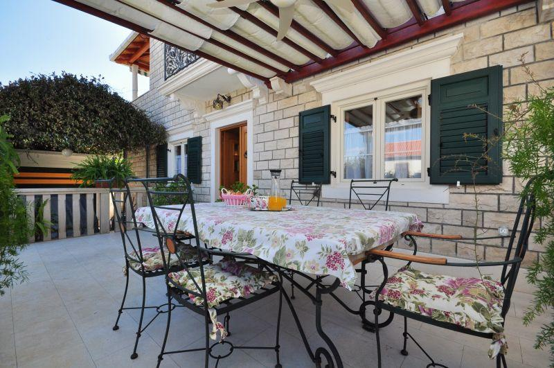 Villa Camellia**** 2bedroom luxury apartment - Image 1 - Supetar - rentals