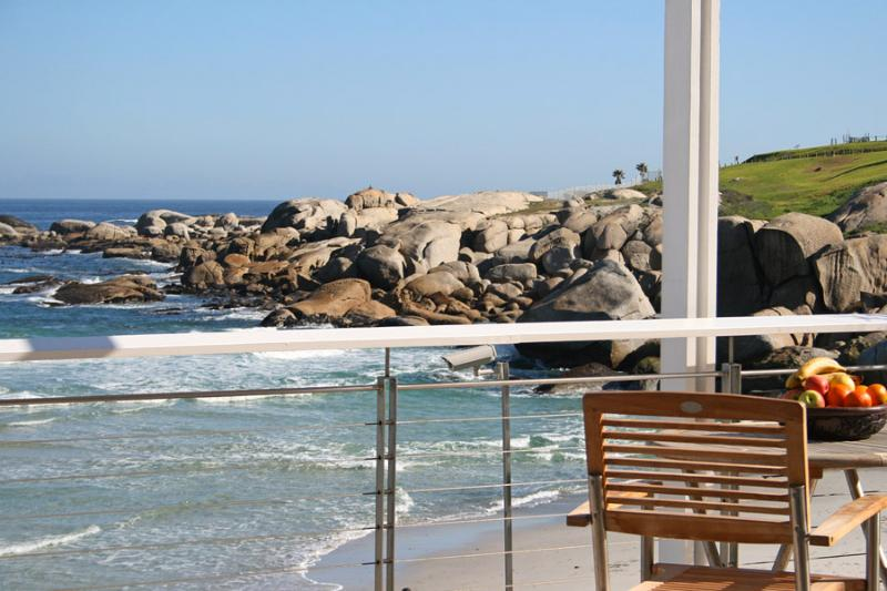 balcony - Camps Bay / Glen Beach Bungalow - upper penthouse - Camps Bay - rentals