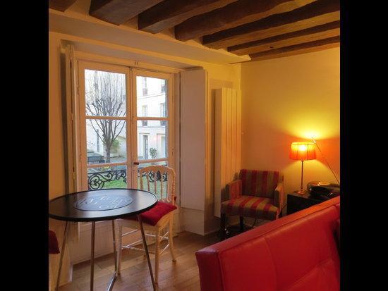 #198 - STUDIO GARDEN - Image 1 - Paris - rentals