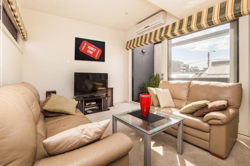 Entertainment space - Evelyn - Melbourne - rentals