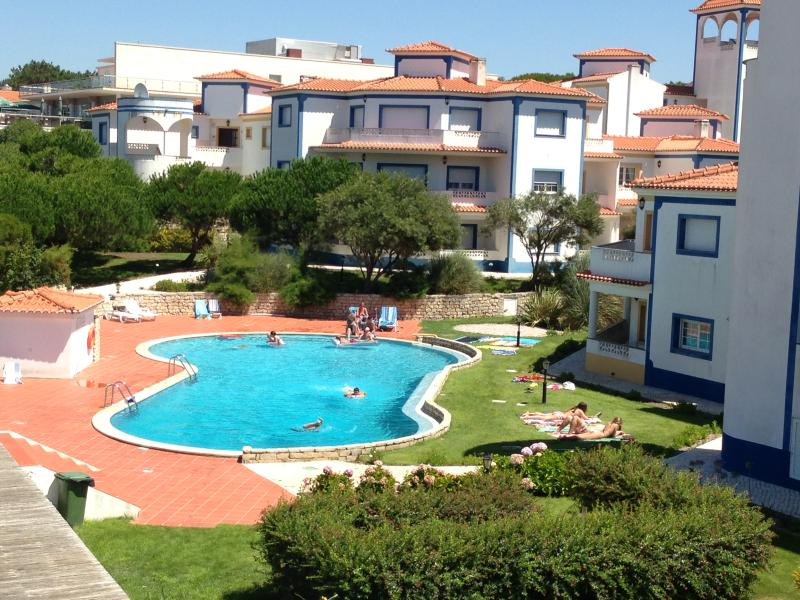 Swiming pool - Two bedroom apart - luxurious Golf & Beach Resort - Obidos - rentals