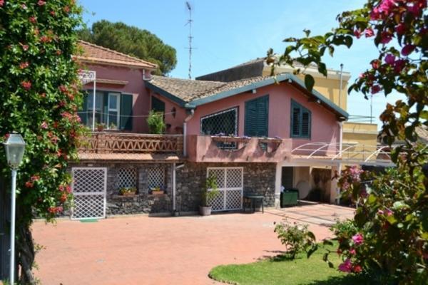 CR100bAcireale - Villa Guardia con giardino in Riviera dei limoni tra Etna e Taormina - Image 1 - Acireale - rentals