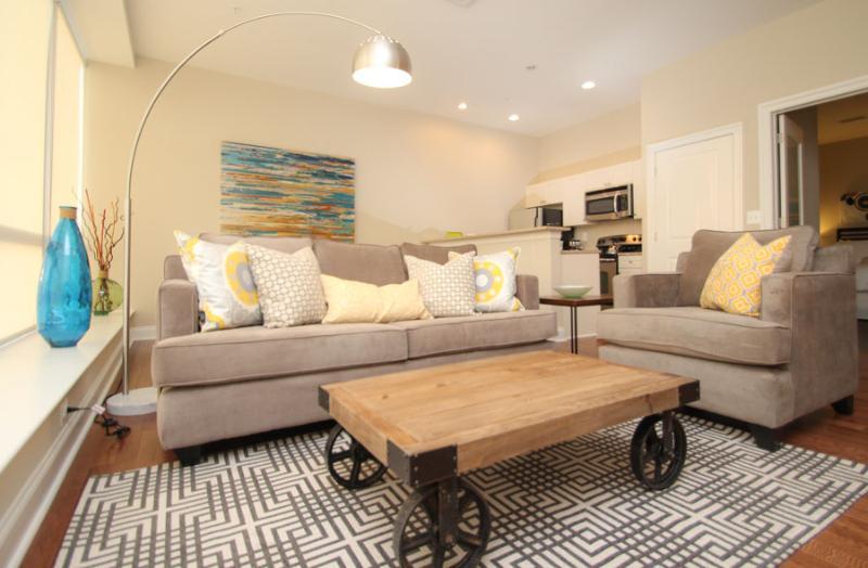 Rittenhouse527- If you stay here UrHip sleep 6 - Image 1 - Philadelphia - rentals