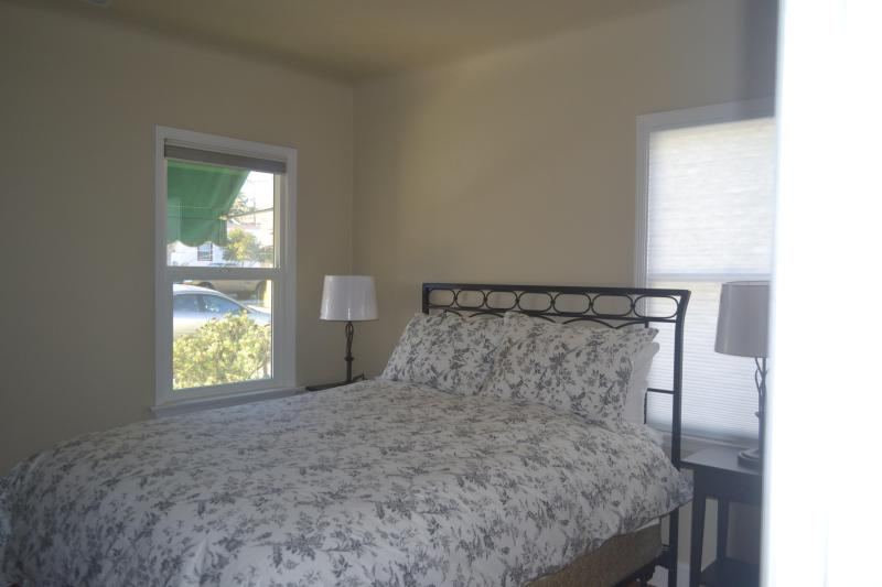 Front Bedroom - Vintage On Vine - Paso Robles - rentals