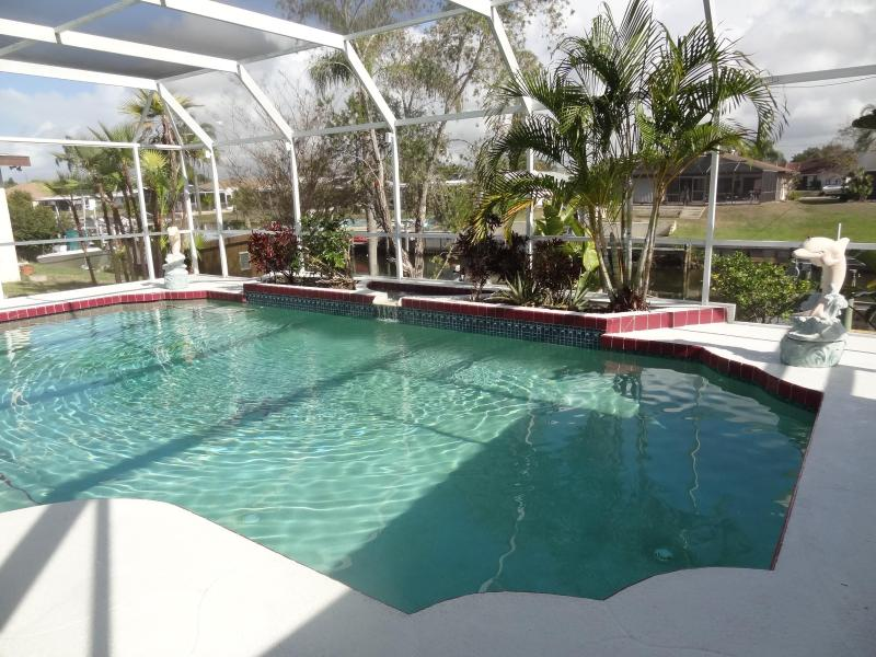 Pool - Tropical Water front - Englewood - rentals