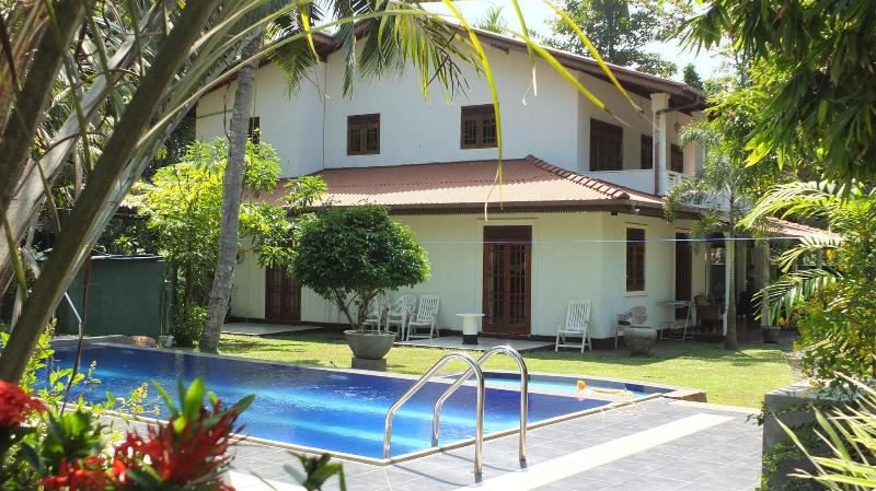 An Excellent 5 AC BR Villa with a Private Pool - Image 1 - Hikkaduwa - rentals