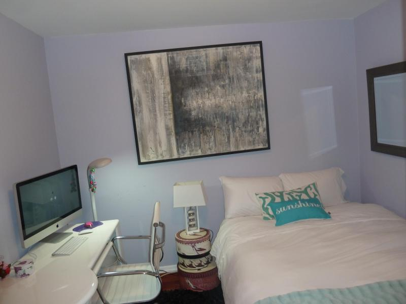 1 bedroom high-rise full service building downtown in shared apartment - Image 1 - Coconut Grove - rentals