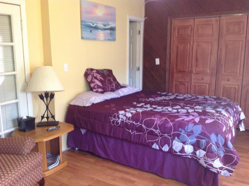 bedroom - Charming Studio - Coconut Grove - rentals