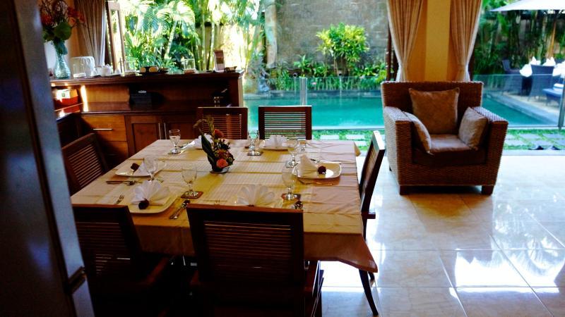 Dining room looking to pool - Villa Kupu Kupu - Seminyak - rentals