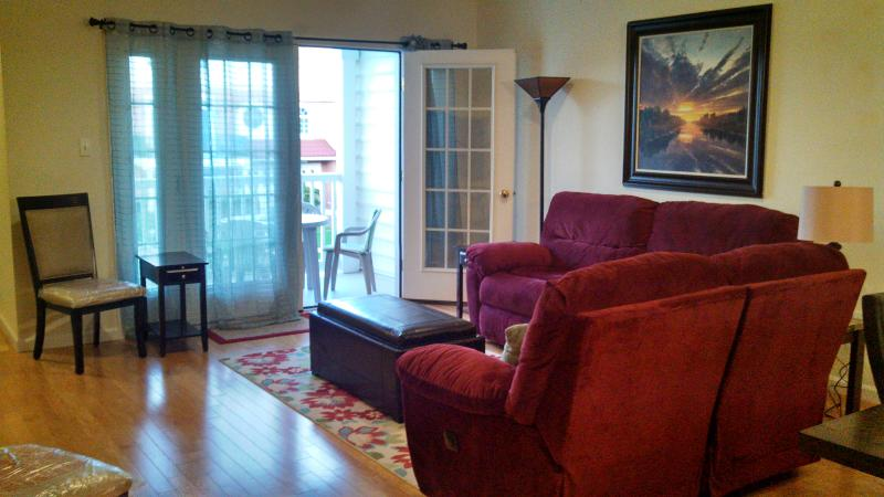 Living Room - View 1 - Beach Block E 24th Avenue Townhome with Pool - North Wildwood - rentals