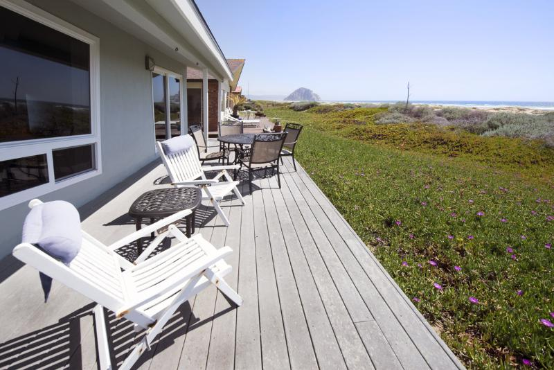 This amazing beachfront home in Morro Bay has pristine ocean and beach views. - Oceanfront Home! Amazing Views! 3033 - Morro Bay - rentals