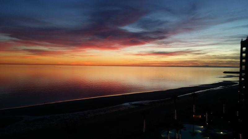 Sonoran Sun Luxury 2bd 2ba Sleeps 6! - Image 1 - Puerto Penasco - rentals