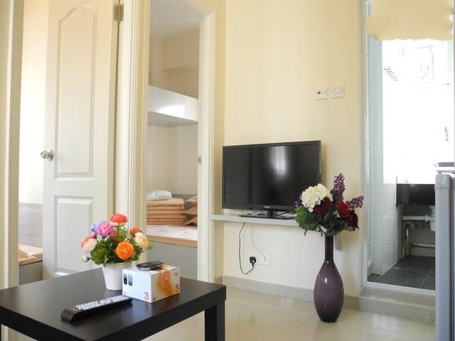 2 Bedroom Rental for Up to 6 People in Hong Kong - Image 1 - Hong Kong - rentals