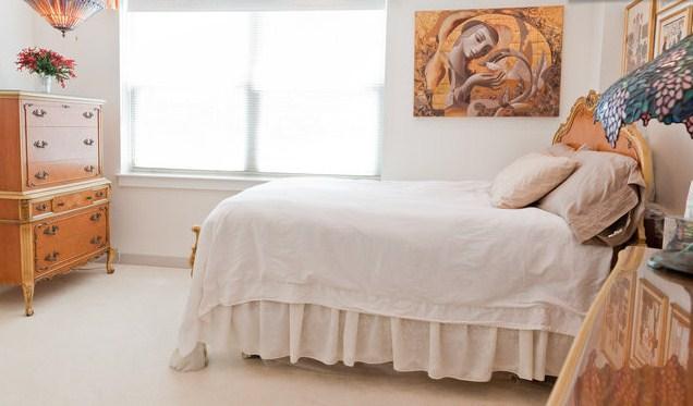 New Bedding - Great Location Amazing Antiques 1 bedroom Apt - Boston - rentals