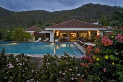 Spectacular 4 Bedroom Beach Villa in Mahoe Bay - Image 1 - Mahoe Bay - rentals