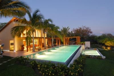 Extensive 7 Bedroom Beachfront Villa in Punta Mita - Image 1 - Punta de Mita - rentals
