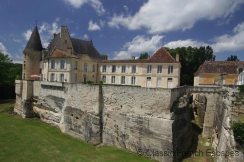 Stunning Aristocratic Chateau FRMD125 - Image 1 - Lamonzie-Montastruc - rentals
