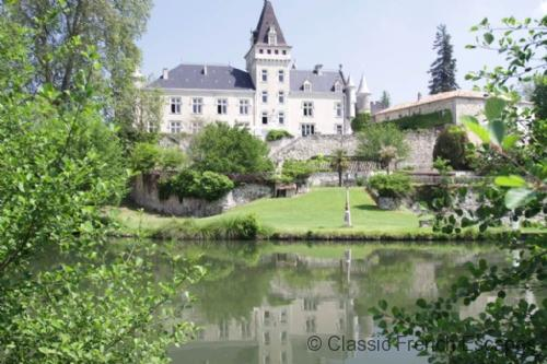 Majestic Country Chateau FRMD124 - Image 1 - Reaup-Lisse - rentals