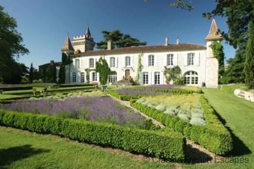 Enchanting Hilltop Chateau - Gers FRMD133 - Image 1 - Pergain Taillac - rentals