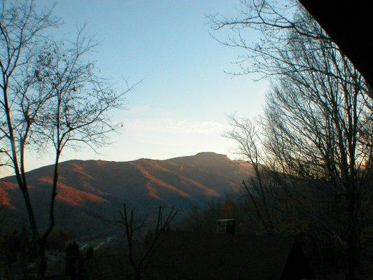 Grandview Lodge Location: Between Boone & Banner Elk / Seven Devils - Image 1 - Boone - rentals