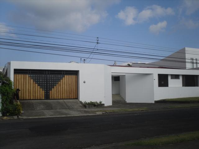 Huge House to rent-for commercial or living purposes - Image 1 - Curridabat - rentals