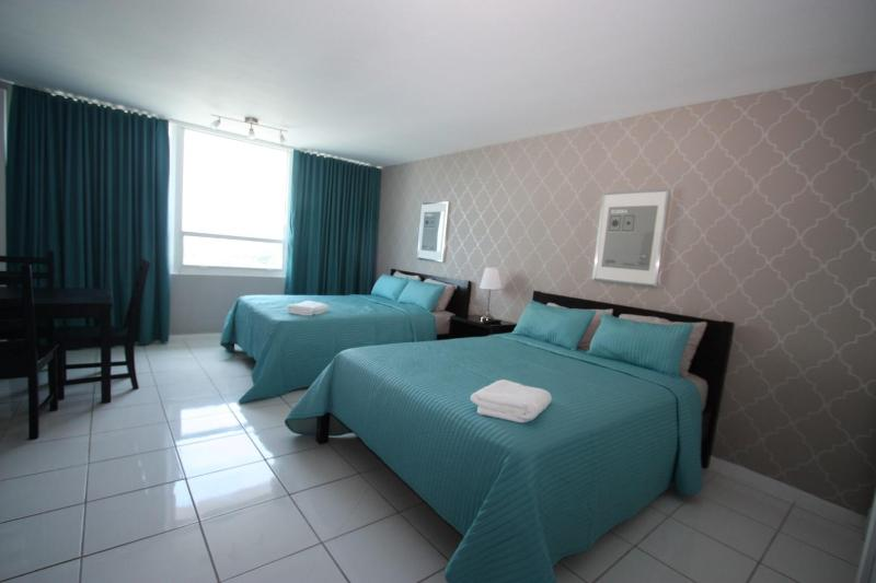 Apartment On the beach with direct access to the beach - Image 1 - Miami Beach - rentals