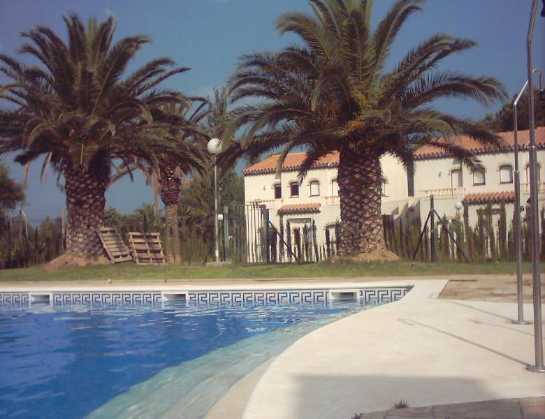 Views to the swimming-pool - Semidetached House at Montroig/Camp (El Casalot) - Montroig - rentals