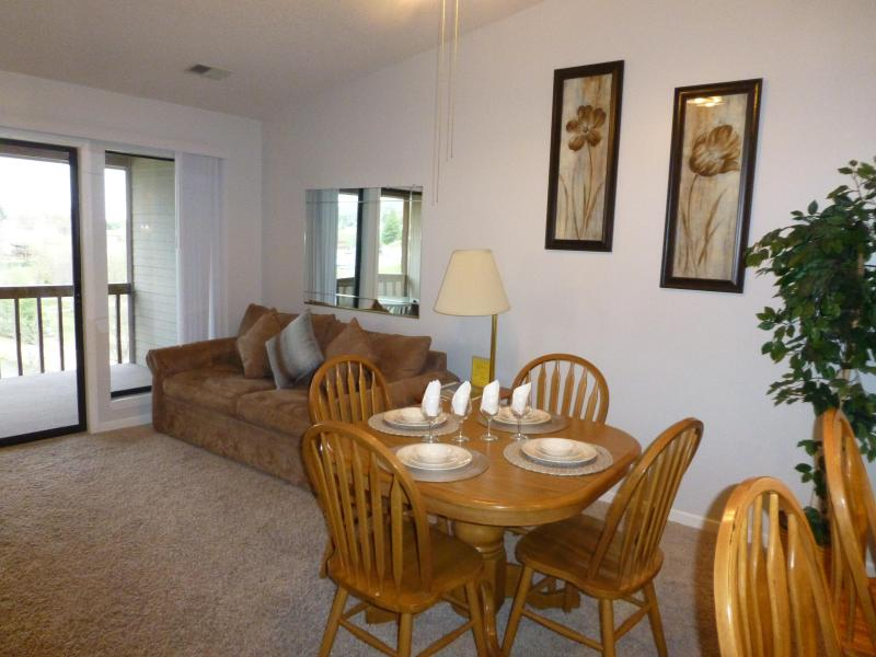 Stay in the middle of Fun! - Image 1 - Branson - rentals