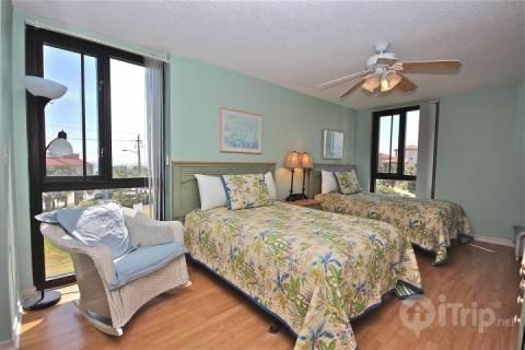 Enclave #302A-2Br/2Ba  Book now for summer fun! - Image 1 - Destin - rentals
