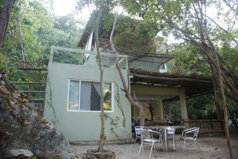 front view - An exclusive beach house in a secret secluded paradiseonthe Oaxacan coast. - Pochutla - rentals