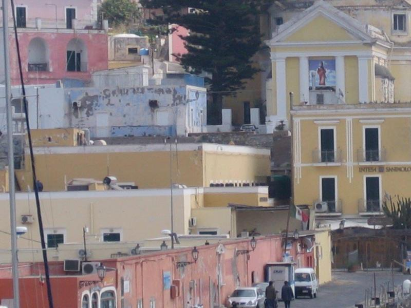 Nice flat in the heart of Ponza - Image 1 - Ponza - rentals