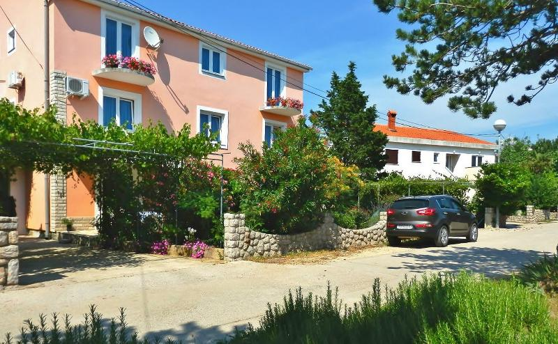 Apartments ANA, Croatia, Island KRK-NINA CESTA DOL - Image 1 - Silo - rentals