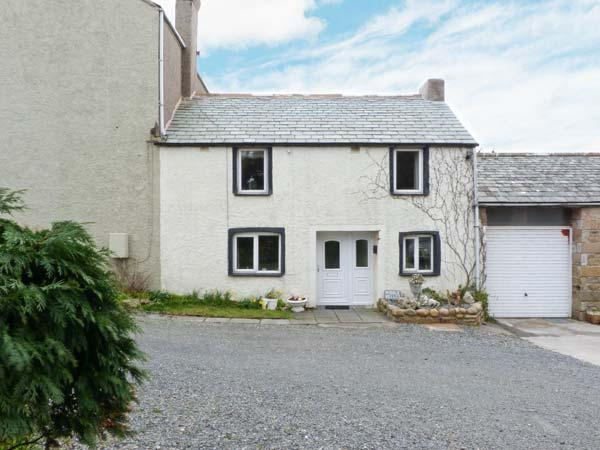 MIDDLE KELLET, semi-detached cottage, character features, woodburner, enclosed garden, in Silecroft, Ref 14728 - Image 1 - Silecroft - rentals