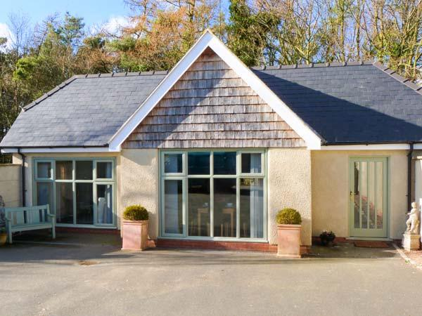 THE SETT, luxurious cottage, couples' retreat, WiFi, detached cottage in Beelsby, Ref. 26335 - Image 1 - Hatcliffe - rentals