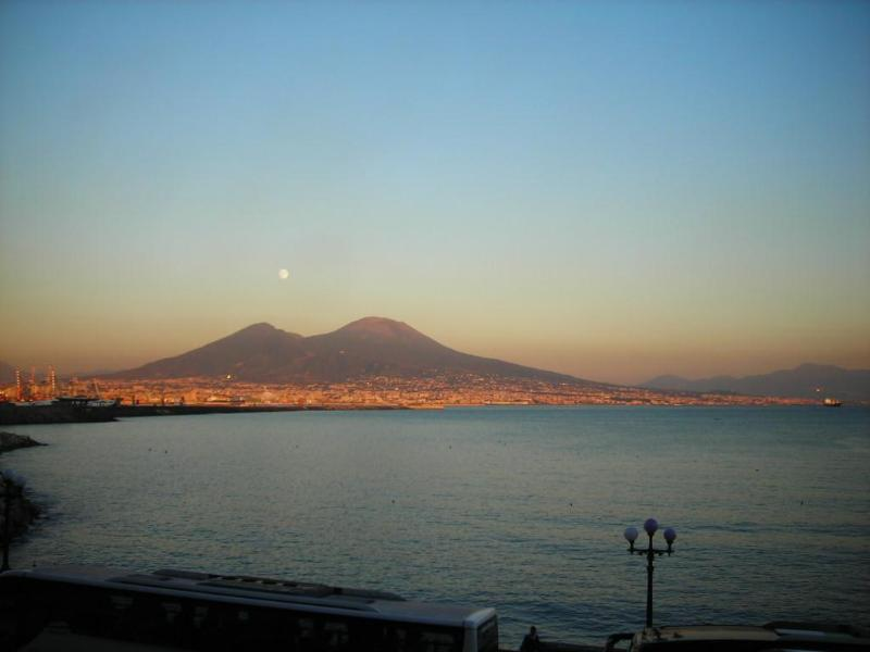 View - Apartment DeLuxe In The Centre With Great Sea View - Naples - rentals
