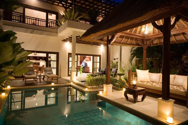 "Romantic Two bedroom pool villa by night - Melati '' GREAT Lifestyle & Beachside"" in Seminyak - Seminyak - rentals"