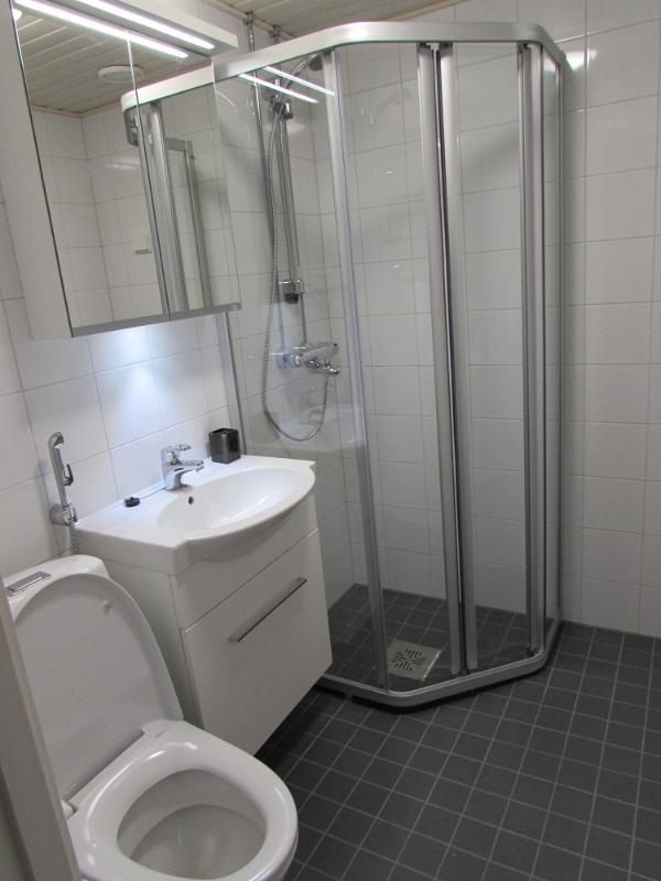 Bathroom - Nice Furnished Apartment in Espoo - Espoo - rentals