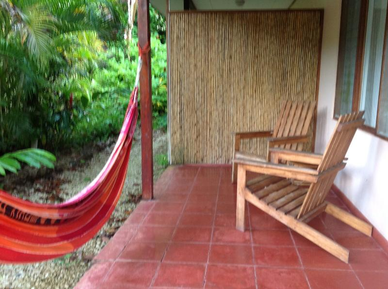 relax on the front porch - costa rica's most beautiful beach with wildlife - Ciudad Colon - rentals