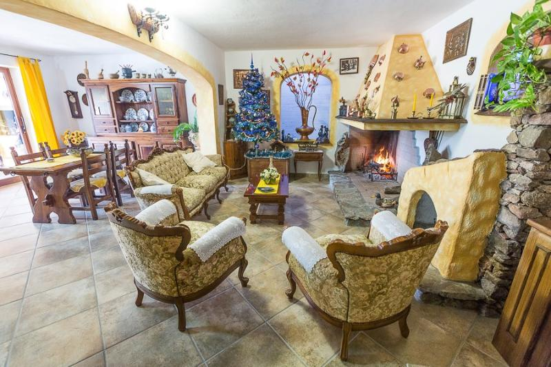 soggiorno - Bed and Breakfast  La Piredda  Arzachena costa Sme - Arzachena - rentals