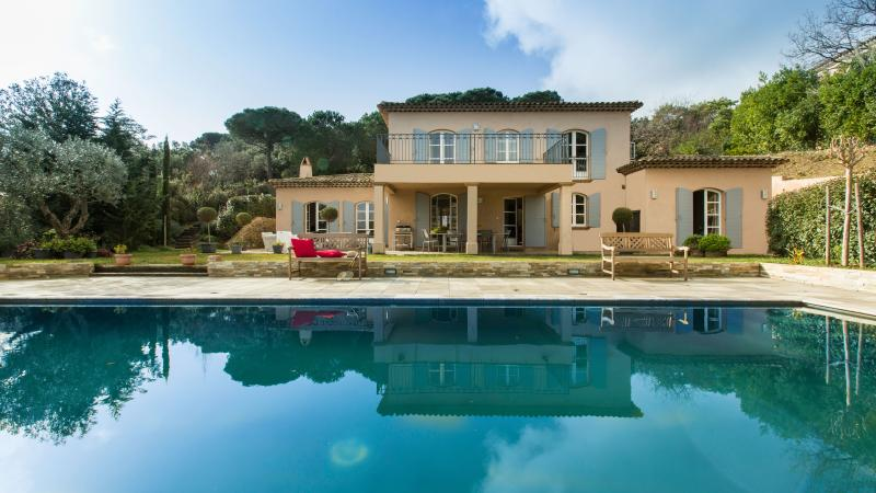 View from the pool - Luxury Villa near Pampelonne beaches, 10 people - Saint-Tropez - rentals
