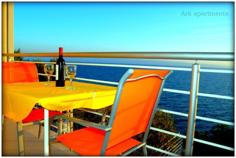Villa Ark, exclusive accommodation for large group - Image 1 - Stobrec - rentals