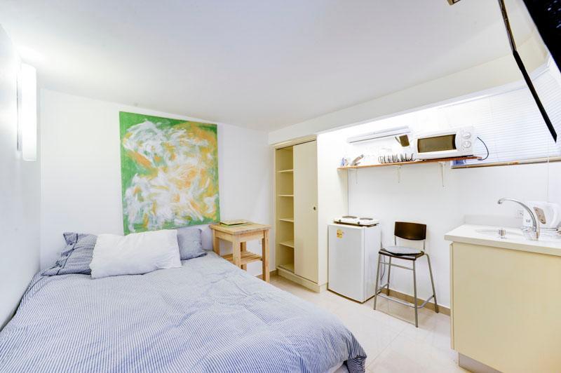 Amazing Studio with private garden Hayarkon St. - Image 1 - Tel Aviv - rentals