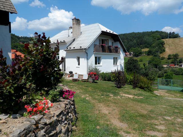 The Farmhouse - Family Friendly Eco Farm - Havlickuv Brod - rentals