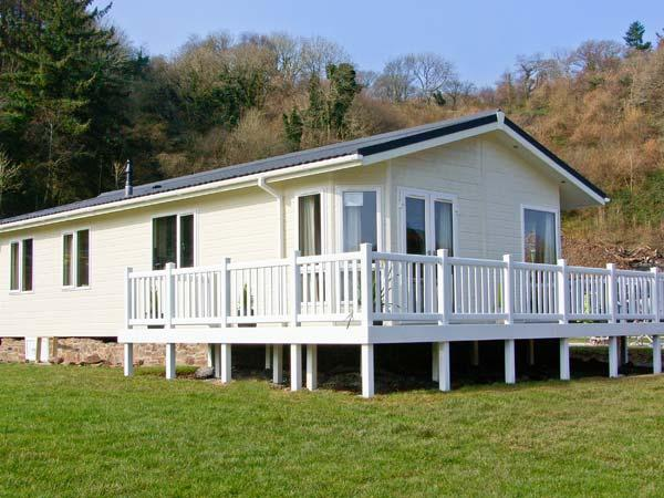 HARMONY detached lodge, pet-friendly, close to beaches, in Stepaside, Ref 905151 - Image 1 - Wiseman's Bridge - rentals