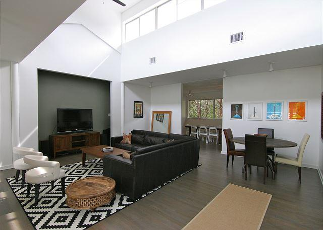 Stratford Woods - 5BR/5BA - West Central Austin with Pool! - Near Downtown - Image 1 - Austin - rentals