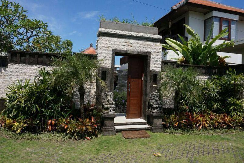 villa gate - Beautifull ASTAMA Villa : Breathaking View & Pool - Seminyak - rentals