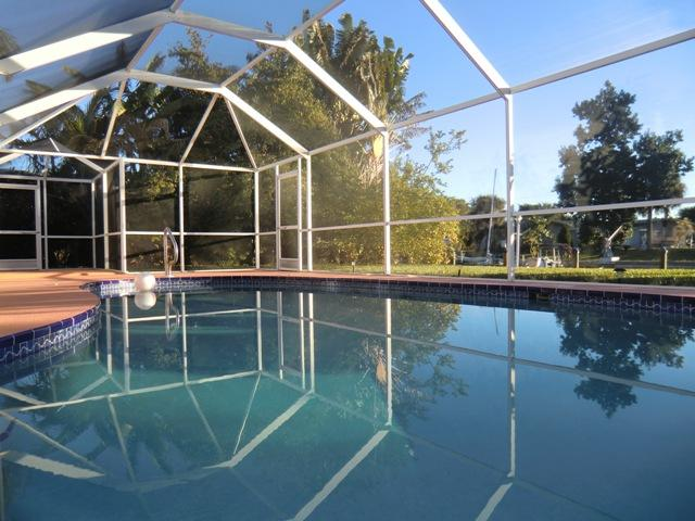 Villa SUNRISE canal home with pool - Cape Coral - Image 1 - Cape Coral - rentals