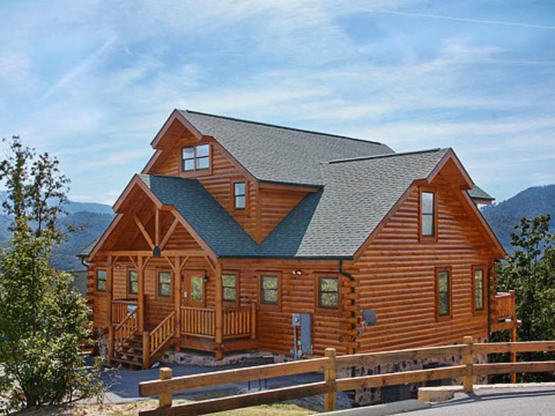 Cherokee Lodge - Image 1 - Pigeon Forge - rentals
