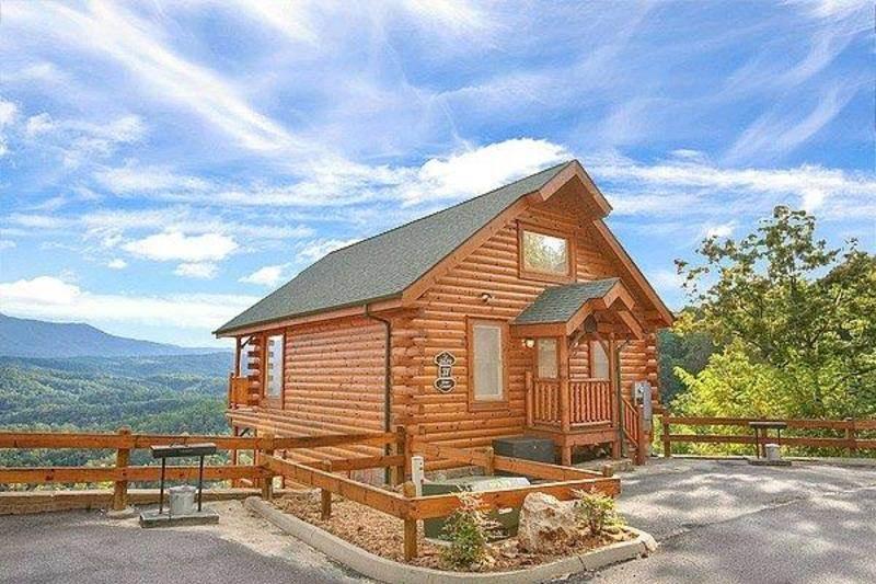 Star Gazer at Legacy Mountain - Image 1 - Pigeon Forge - rentals